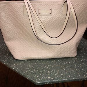New authentic Kate spade penn place embossed tote